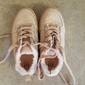 Girls Gap sneakers barely worn